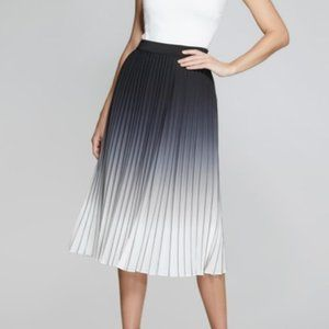 NWT WD.NY Ombré Pleated Skirt Size Large